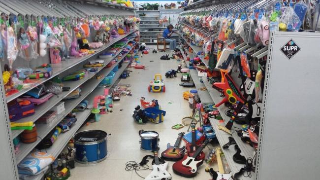 Chùm ảnh chứng minh: Đưa con đi siêu thị là công việc chỉ dành cho những cha mẹ… dũng cảm - Ảnh 17.