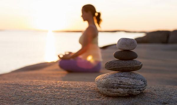 11 cách nâng niu sức khỏe tinh thần nếu bạn không muốn mất ngủ, stress thường xuyên - Ảnh 3.
