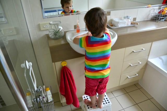 Phải dạy con kỹ năng này càng sớm càng tốt để tránh nguy cơ bị xâm hại, lạm dụng - Ảnh 1.