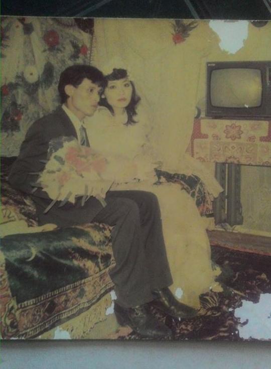 Nhìn lại ảnh cưới của phụ huynh thời ông bà anh: hóa ra bố mẹ ta từng có một thời thanh xuân như thế - Ảnh 10.