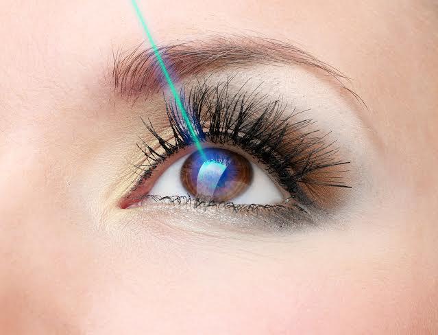 6 nguyên nhân dẫn đến chứng mất thị lực một bên mắt tạm thời - Ảnh 3.