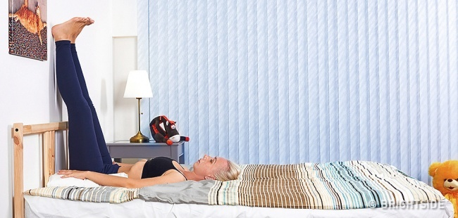 6 bài tập yoga đơn giản có thể giúp bạn dễ dàng vào giấc ngủ như những đứa trẻ - Ảnh 2.
