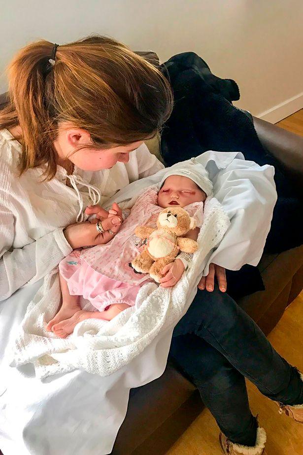 Ở tuần thai 39, mẹ đau đớn phát hiện con bị nhiễm độc, tử vong ngay trong bụng mẹ - Ảnh 11.