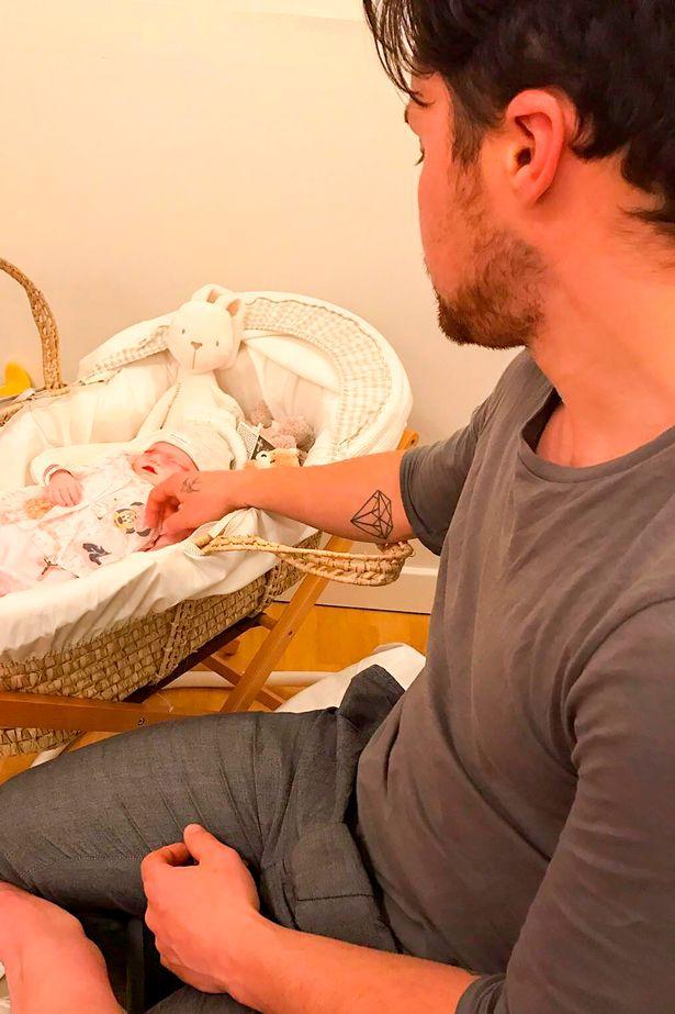 Ở tuần thai 39, mẹ đau đớn phát hiện con bị nhiễm độc, tử vong ngay trong bụng mẹ - Ảnh 7.