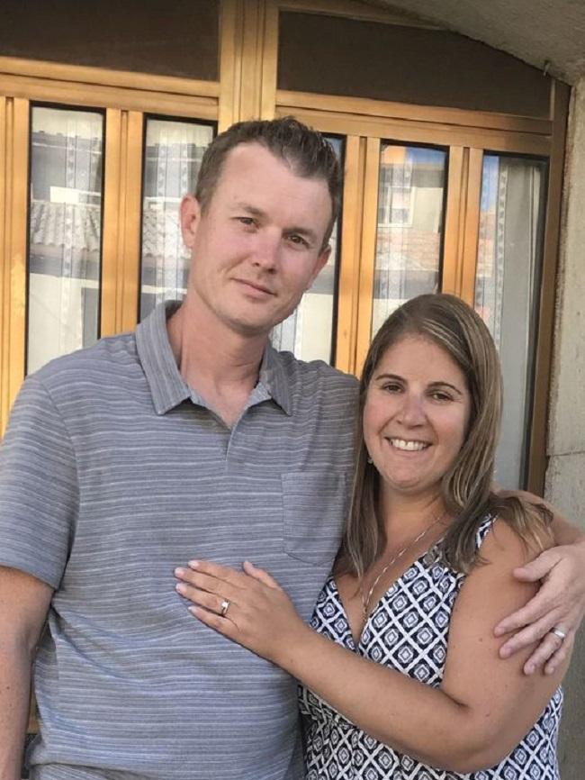 Đến Italy du lịch, cặp vợ chồng không ngờ tìm lại được báu vật đánh rơi 9 năm trước - Ảnh 1.