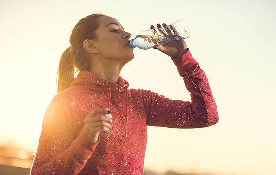 Tiêu thụ quá nhiều protein gây nhiều tổn hại sức khỏe, hãy đọc ngay những dấu hiệu này để nhận biết kịp thời - Ảnh 2.