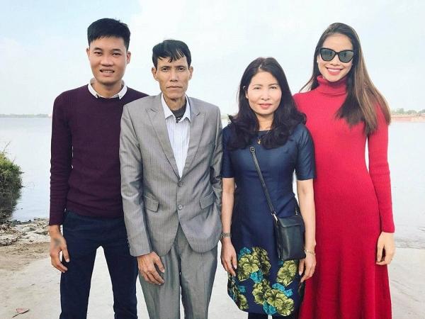 Bố Hoa hậu Phạm Hương qua đời ở tuổi 52 vì bệnh nặng  - Ảnh 2.