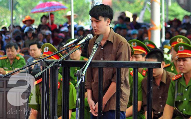 Vụ thảm án Bình Phước: Mẹ của tử tù Nguyễn Hải Dương ngất xỉu khi hay tin con trai sắp bị tiêm thuốc - Ảnh 2.