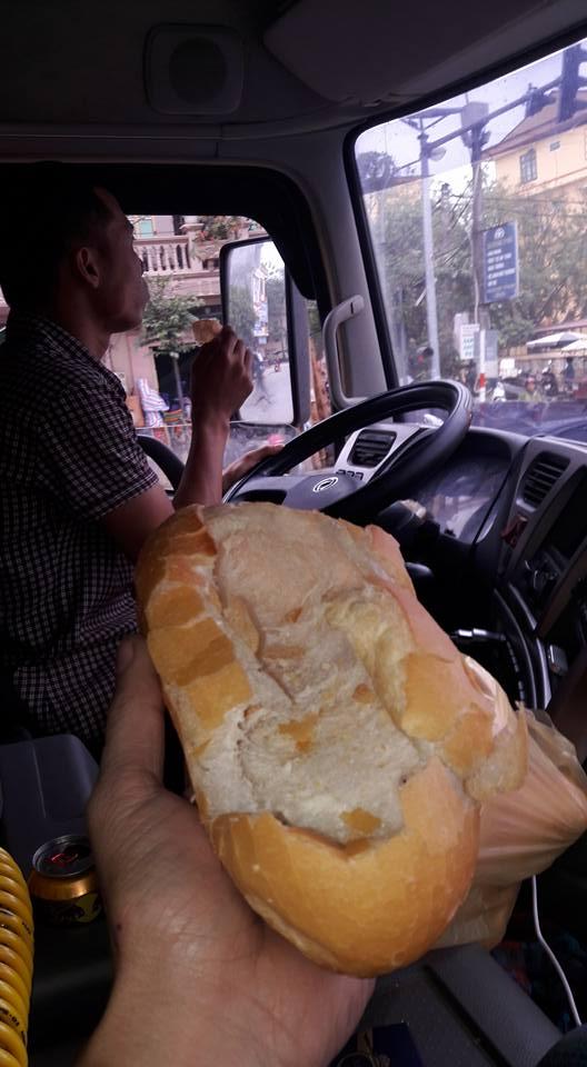 Những chiếc bánh mỳ không người lái và câu chuyện buồn của anh tài xế - Ảnh 2.