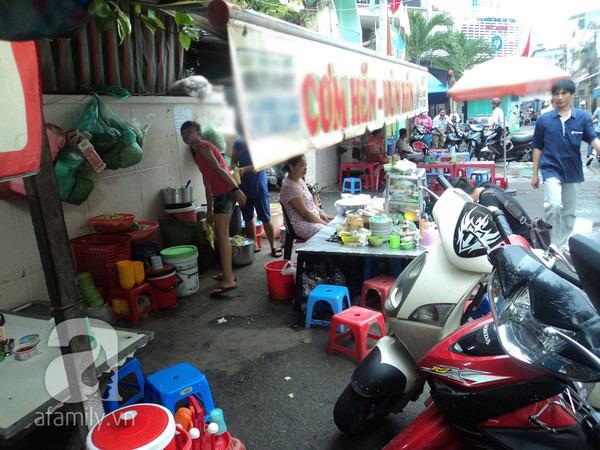 4 con hẻm ẩm thực cứ mỗi bước là có một món ăn ngon tại Sài Gòn - Ảnh 23.