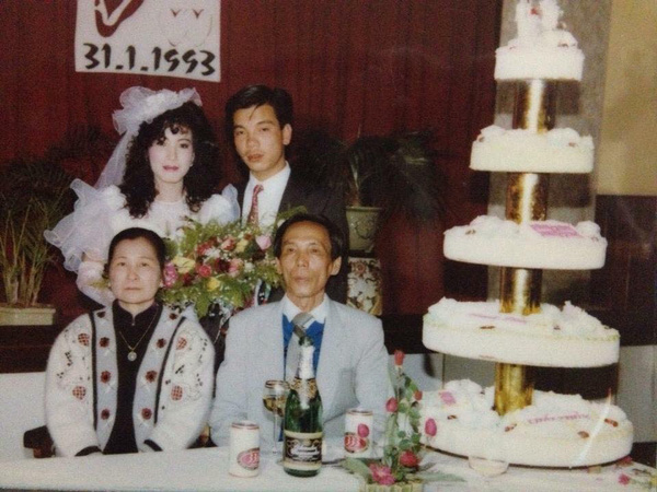 Nhìn lại ảnh cưới của phụ huynh thời ông bà anh: hóa ra bố mẹ ta từng có một thời thanh xuân như thế - Ảnh 18.