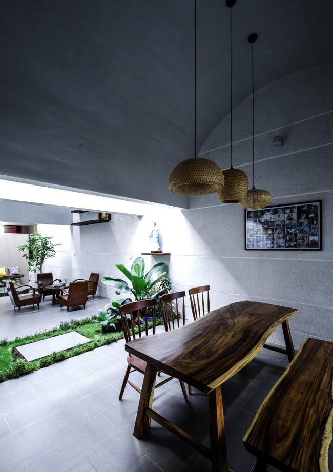 Ngôi nhà 200m² lấy cảm hứng thiết kế từ hang Sơn Đoòng ở Vĩnh Long nổi bật trên báo Mỹ - Ảnh 7.