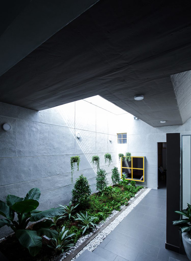 Ngôi nhà 200m² lấy cảm hứng thiết kế từ hang Sơn Đoòng ở Vĩnh Long nổi bật trên báo Mỹ - Ảnh 14.