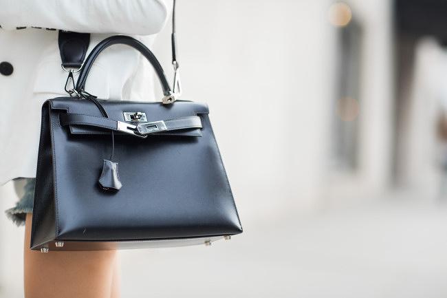 Cả thập niên đã qua, nhưng đây vẫn là 13 chiếc túi hàng hiệu khiến phái đẹp toàn cầu khát khao nhất - Ảnh 16.