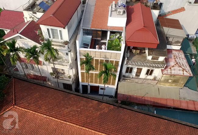 Cuộc gặp gỡ giữa truyền thống và hiện đại trong ngôi nhà 60m² ở quận Tây Hồ, Hà Nội - Ảnh 2.