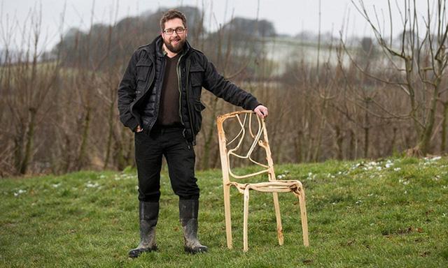 Anh chàng bị chê dở hơi vì quyết theo nghề trồng ghế, chục năm sau bán cả nghìn USD một chiếc vẫn chẳng có hàng bán - Ảnh 1.