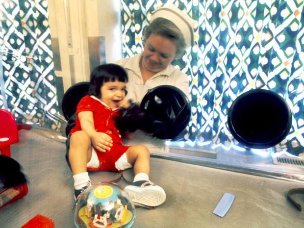 Cậu bé bong bóng: di sản của ngành y học và là phép màu đối với những cậu bé mắc bệnh SCID - Ảnh 4.