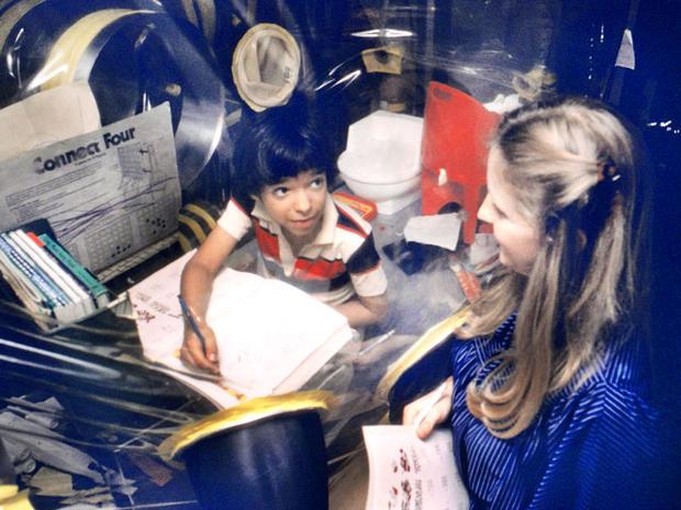 Cậu bé bong bóng: di sản của ngành y học và là phép màu đối với những cậu bé mắc bệnh SCID - Ảnh 12.