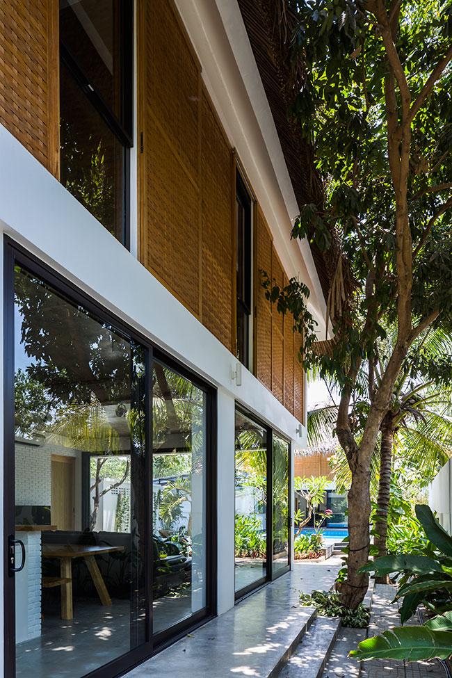 Mê mẩn với ngôi nhà vườn lợp mái lá dừa đẹp ngang khu nghỉ dưỡng cao cấp - Ảnh 2