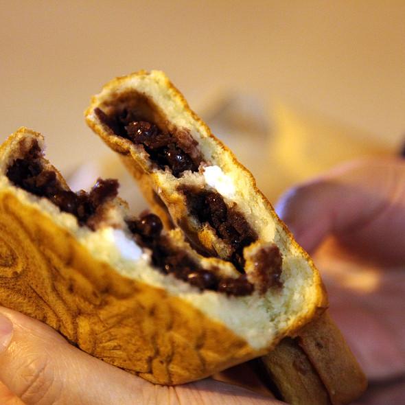 Ẩn ý đầy xúc động đằng sau chiếc kem cá khiến cả Hàn Quốc yêu thích - Ảnh 2.