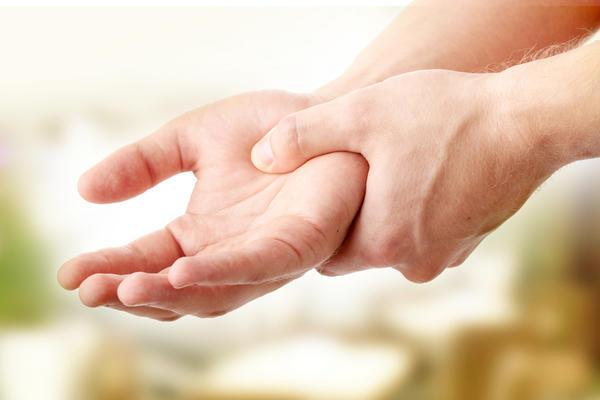 Nhìn tay bắt bệnh: 30 vấn đề sức khỏe sẽ thể hiện rõ qua vẻ ngoài của bàn tay - Ảnh 5.