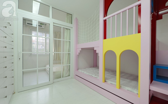 Căn hộ 65m² trắng tinh khôi ở Hà Nội do chính chàng KTS 8x thiết kế cho gia đình mình - Ảnh 10.