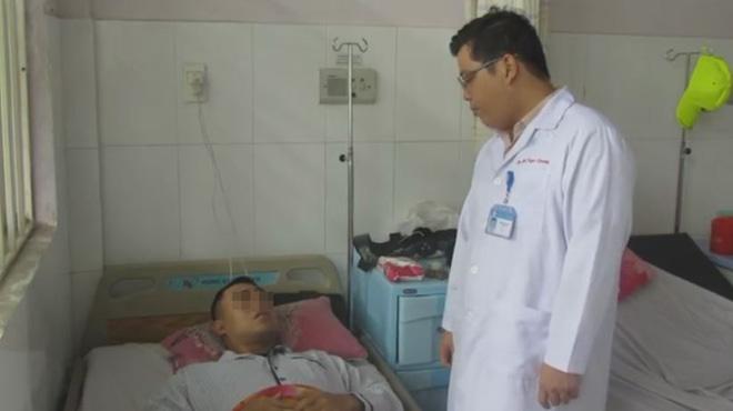 TP.HCM: Lần đầu tiên, một bệnh nhân rối loạn đông máu được phẫu thuật thay khớp gối thành công tại bệnh viện quận - Ảnh 4.