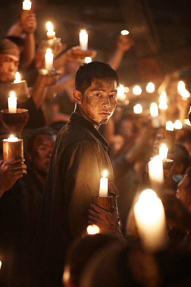 Gây nhiều tranh cãi, Đảo địa ngục của Song Joong Ki, So Ji Sub có gì? - Ảnh 7.