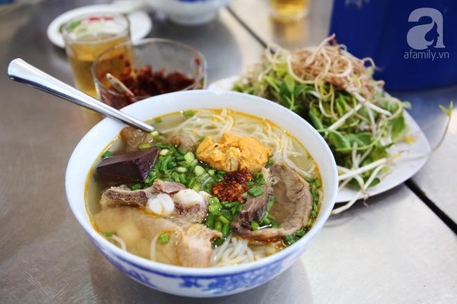 7 món bún tuy nặng mùi nhưng đã thử thì rất dễ nghiện của Việt Nam - Ảnh 4.