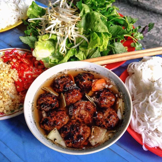 7 món bún tuy nặng mùi nhưng đã thử thì rất dễ nghiện của Việt Nam - Ảnh 14.