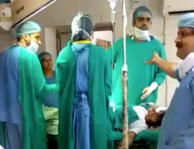 Tranh cãi trong phòng mổ, hai bác sĩ khiến em bé sơ sinh tử vong do thiếu dưỡng khí - Ảnh 1.
