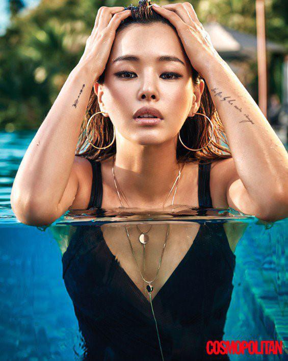 """Honey Lee: Hoa hậu Hàn Quốc quyến rũ nhất mọi thời đại với tuyệt chiêu """"7 lớp toner"""" khiến chị em phát cuồng - Ảnh 1."""