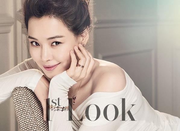 """Honey Lee: Hoa hậu Hàn Quốc quyến rũ nhất mọi thời đại với tuyệt chiêu """"7 lớp toner"""" khiến chị em phát cuồng - Ảnh 3."""