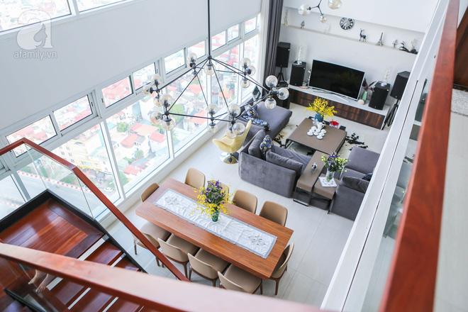 Căn hộ penthouse 300m² với hướng nhìn ra sông Hồng tuyệt đẹp của nữ giám đốc thời  trang - Ảnh 1.