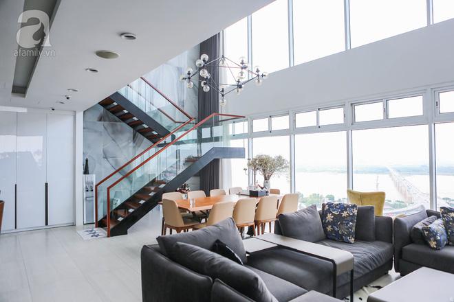 Căn hộ penthouse 300m² với hướng nhìn ra sông Hồng tuyệt đẹp của nữ giám đốc thời  trang - Ảnh 3.
