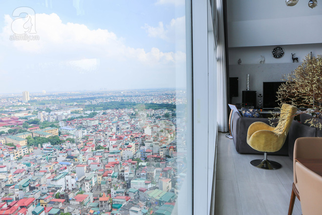 Căn hộ penthouse 300m² với hướng nhìn ra sông Hồng tuyệt đẹp của nữ giám đốc thời  trang - Ảnh 4.