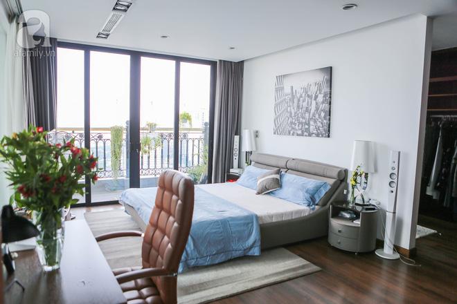 Căn hộ penthouse 300m² với hướng nhìn ra sông Hồng tuyệt đẹp của nữ giám đốc thời  trang - Ảnh 14.