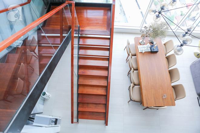 Căn hộ penthouse 300m² với hướng nhìn ra sông Hồng tuyệt đẹp của nữ giám đốc thời  trang - Ảnh 12.