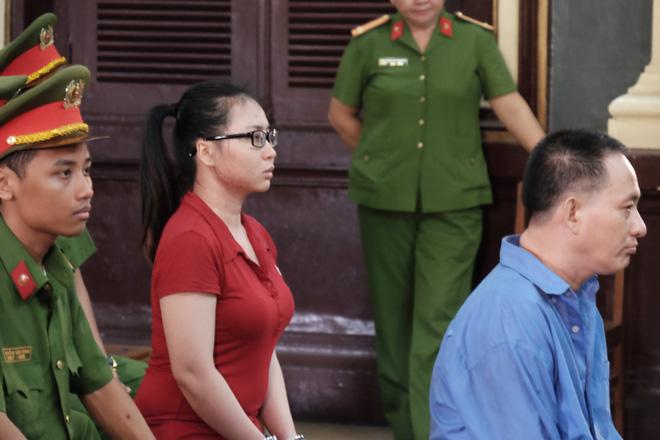 Nữ sinh bị tạt axit ở Sài Gòn kháng án thành công, cô gái chủ mưu lãnh án gần 10 năm tù - Ảnh 4.