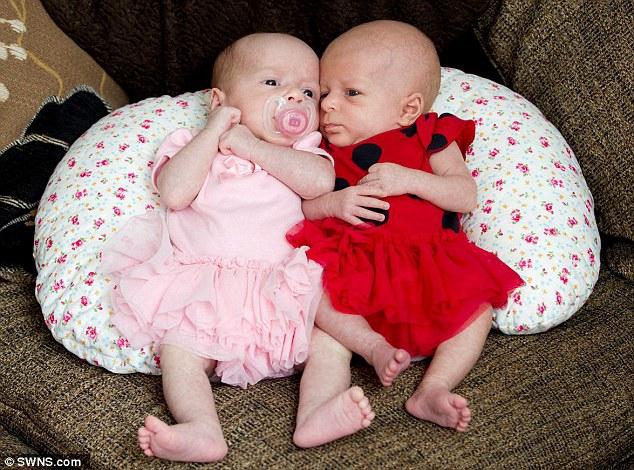Người phụ nữ với gen đàn ông, không có buồng trứng lẫn tử cung vẫn đẻ sinh đôi một cách kỳ diệu - Ảnh 4.