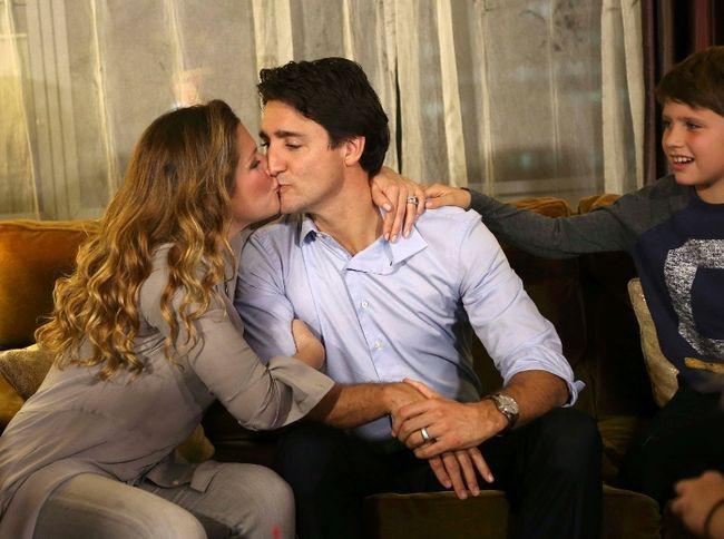 Lời tỏ tình lịm tim và 12 năm hôn nhân trên cả mật ngọt của Thủ tướng Canada đẹp trai như tài tử - Ảnh 18.