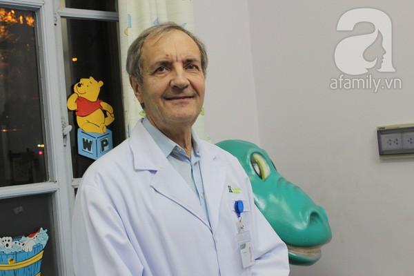 Bác sĩ Collin: Nhiều cha mẹ yêu cầu được dùng kháng sinh khi con ốm - Ảnh 2.