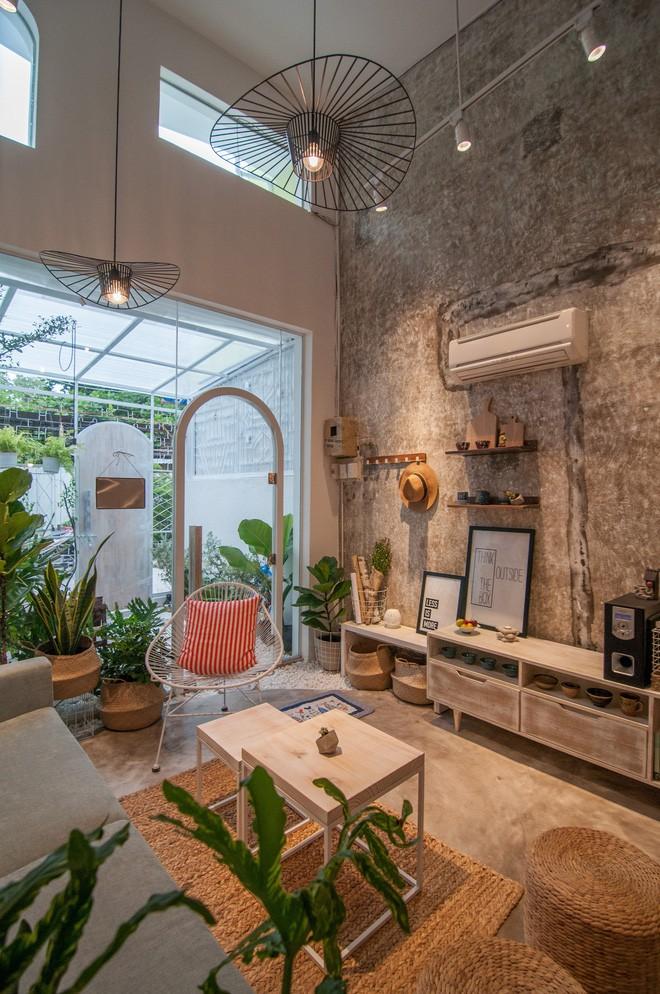 Từ nhà cấp 4 xuống cấp, ngôi nhà 60m² ở Nha Trang đã lột xác trở thành tổ ấm trong mơ cho vợ chồng trẻ - Ảnh 10.