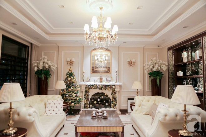 Ngắm ngôi biệt thự lung linh màu sắc Giáng sinh ở Long Biên, Hà Nội - Ảnh 8.