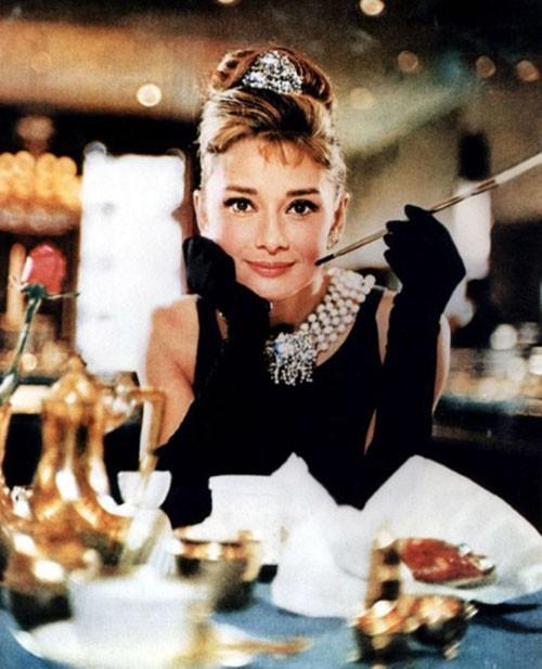 Bí mật thân hình mảnh khảnh của biểu tượng nhan sắc Audrey Hepburn, được tiết lộ bởi chính con trai ruột của bà - Ảnh 1.