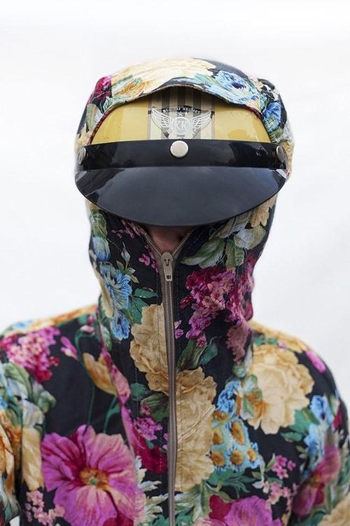 Chết cười với thời trang chống nắng siêu nhắng của hội chị em - Ảnh 4.