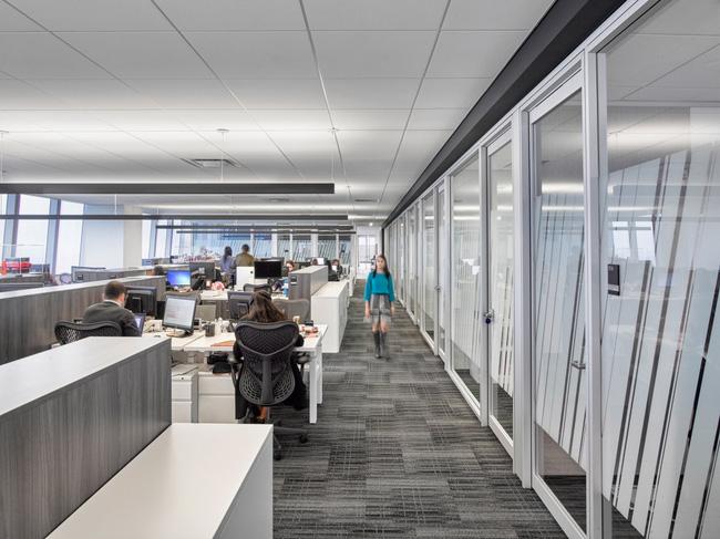 Thứ Hai chẳng nặng nề với văn phòng làm việc đẹp như mơ của công ty mỹ phẩm lớn nhất thế giới - Ảnh 18.