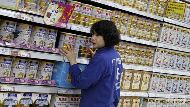 Lon sữa cũ được thu mua với giá 200.000 đồng, phụ huynh Trung Quốc hoang mang - Ảnh 3.