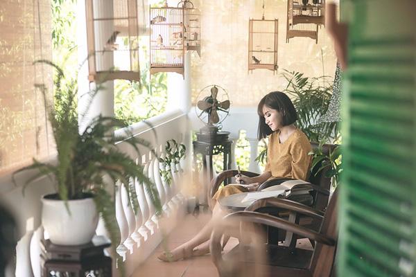 2 MV lên đồ đẹp miễn chê của quý cô vintage Bích Phương có khiến bạn muốn bắt chước? - Ảnh 18.