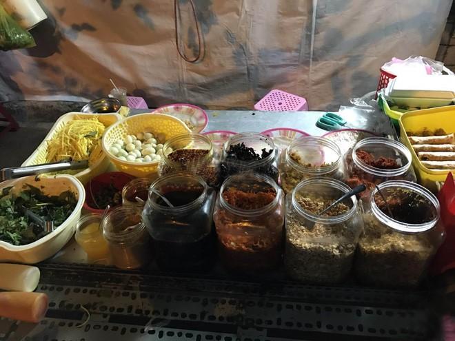 Điểm danh sơ qua các loại bánh tráng ở Sài Gòn là đã thấy cả một gia phả dài dằng dặc - Ảnh 27.